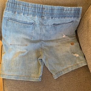 Shorts - Thing Thing Brand.